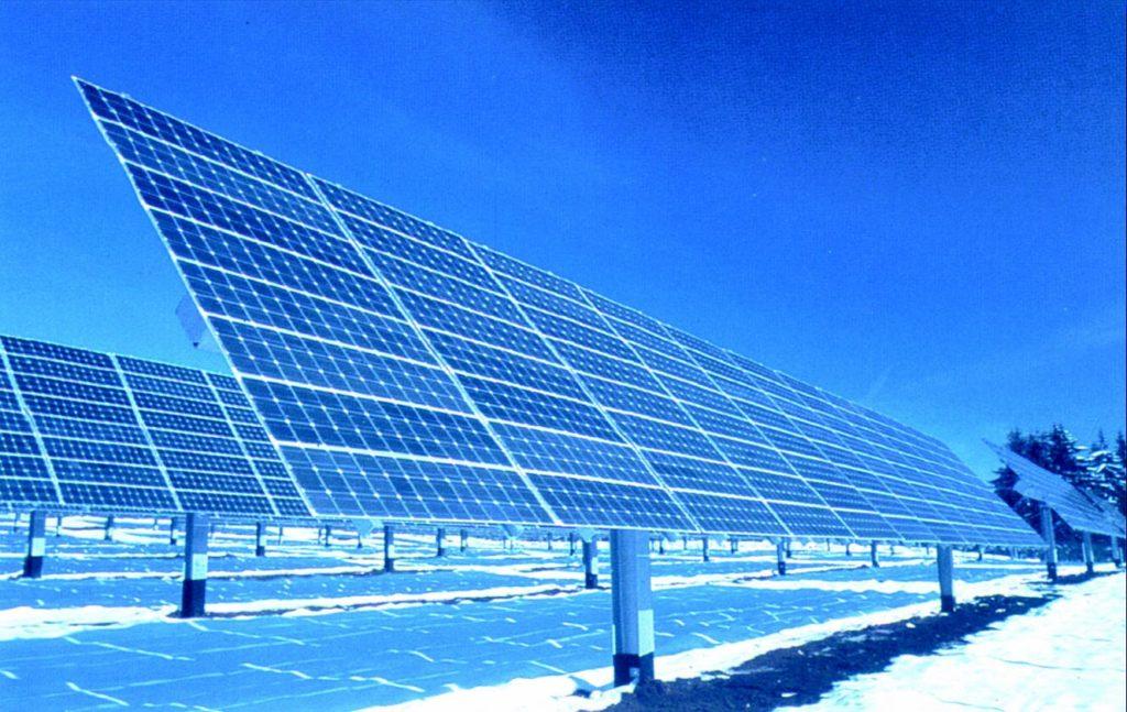 Солнечная электростанция в снегах